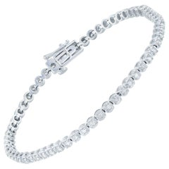 14 Karat White Gold 2 Carat Round Cut Diamond Tennis Bracelet