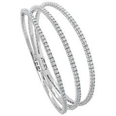 14 Karat White Gold 2.85 Carat Diamond Triple Row Flexible Bangle