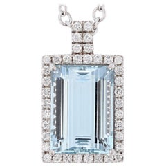 14 Karat White Gold 31.51 Carat Aquamarine and Diamond Pendant Necklace
