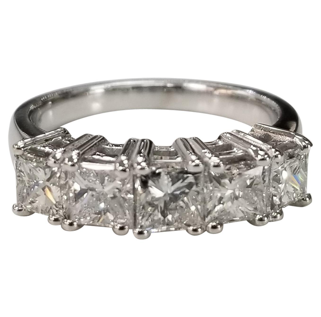 14 Karat White Gold 5 Princess Cut Diamonds Anniversary Wedding Ring