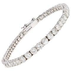 14 Karat White Gold 7.98 Carat Round Brilliant Cut Diamond Tennis Bracelet