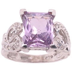 14 Karat White Gold Amethyst Solitaire Ring with Diamond Accents