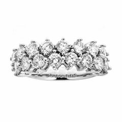 14 Karat White Gold and 2.5 Carat Diamonds Ring