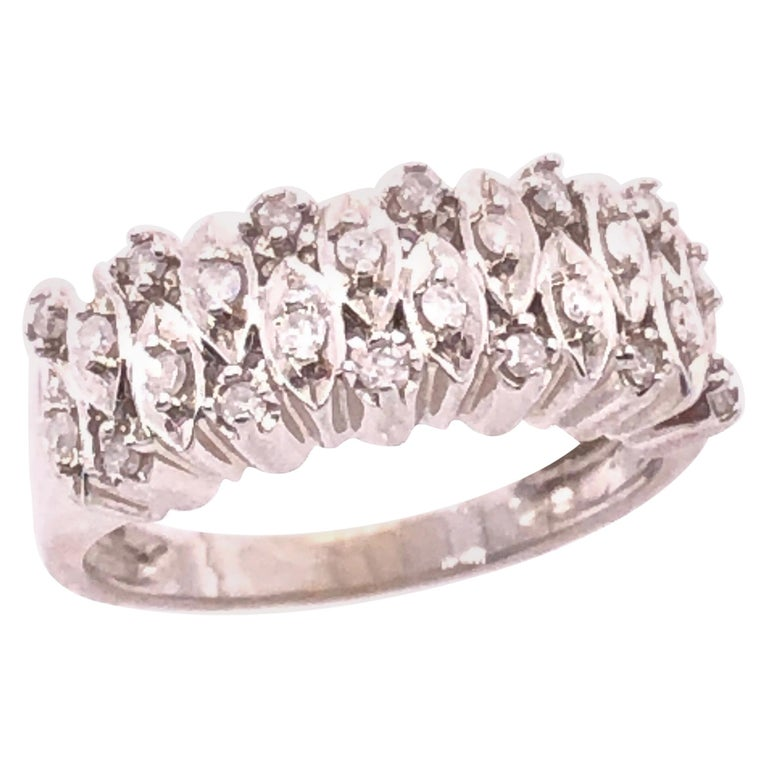 14 Karat White Gold and Diamond Wedding Band Bridal Ring For Sale