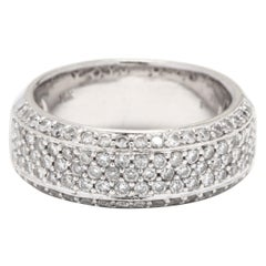 14 Karat White Gold and Pavé Diamond Band Ring