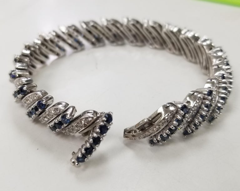 Round Cut 14 Karat White Gold Diamond and Sapphire Flexible Bracelet For Sale