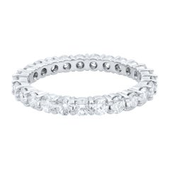 14 Karat White Gold Diamond Round Cut Eternity Band 1.65 Carat