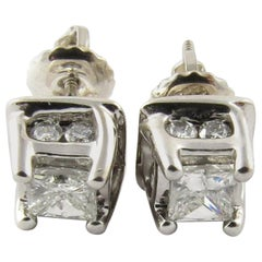 14 Karat White Gold Diamond Stud Earrings .82 Carat