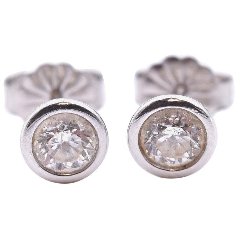 14 Karat White Gold Diamond Stud Earrings For Sale