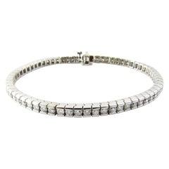 14 Karat White Gold Diamond Tennis Bracelet 2.64 Carat