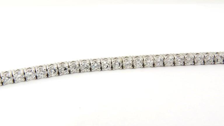 14 Karat White Gold Diamond Tennis Bracelet 5.5 Carat For Sale 2