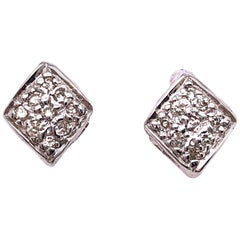 14 Karat White Gold Earrings with Round Diamonds 0.20 TDW