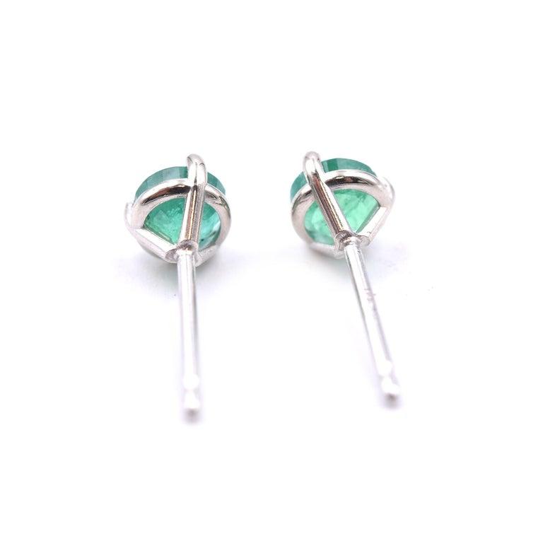 Round Cut 14 Karat White Gold Emerald Stud Earrings For Sale