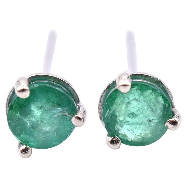 14 Karat White Gold Emerald Stud Earrings For Sale