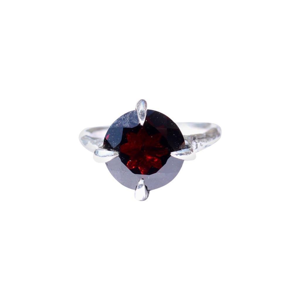 14 Karat White Gold Garnet Solitaire Ring