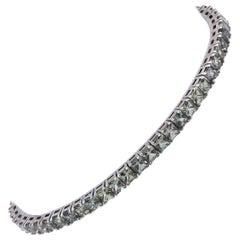 14 Karat White Gold Green Sapphire Tennis Bracelet