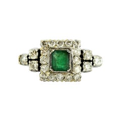 14 Karat White Gold Ladies Ring with Natural Emerald and Diamonds, 1950s