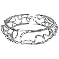 14 Karat White Gold Oceans Bangle