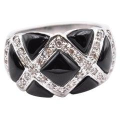 14 Karat White Gold Onyx and Diamond Ring