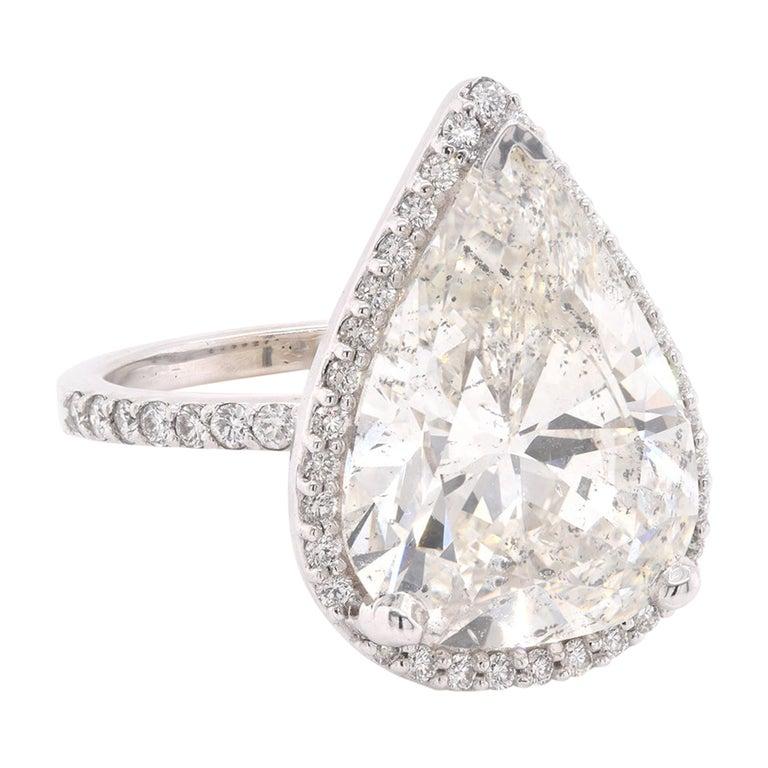 14 Karat White Gold Pear Diamond Engagement Ring For Sale