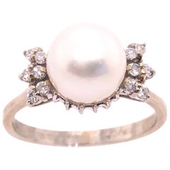 14 Karat White Gold Pearl Solitaire with Diamond Accents Ring