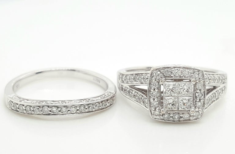 14 Karat White Gold Princess Cut Diamond Cluster Halo Style Ring Set For Sale 2