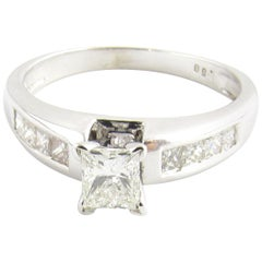14 Karat White Gold Rectangle Modern Brilliant Cut Diamond Ring 8 / 1.05 Carat
