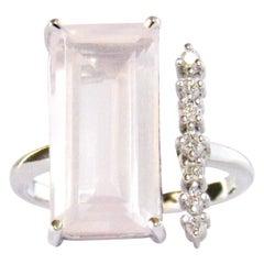 14 Karat White Gold Rose Quartz and Diamonds Ring