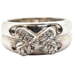 "14 Karat White Gold Round Brilliant 0.18 Carat Diamond ""X"" Ring"