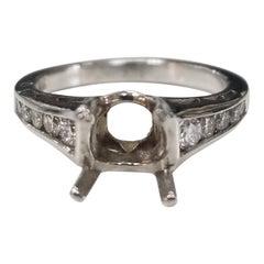 14 Karat White Gold Round Diamond Ring Semi Mount