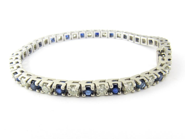 14 Karat White Gold Sapphire and Diamond Bracelet In Good Condition For Sale In New Milford, CT