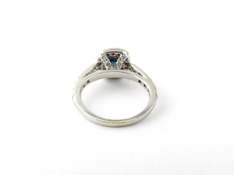 14 Karat White Gold Sapphire and Diamond Ring In Good Condition For Sale In Greenwich, CT