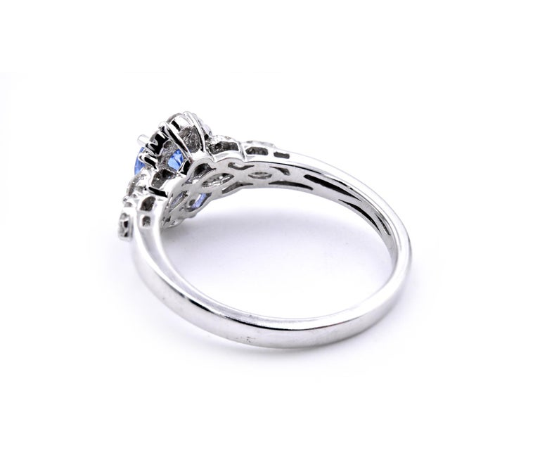 14 Karat White Gold Sapphire and Diamond Ring In Excellent Condition For Sale In Scottsdale, AZ