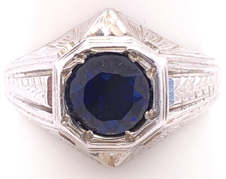 14 Karat White Gold Sapphire Solitaire Ring Size 8.25. 7.67 grams total weight.