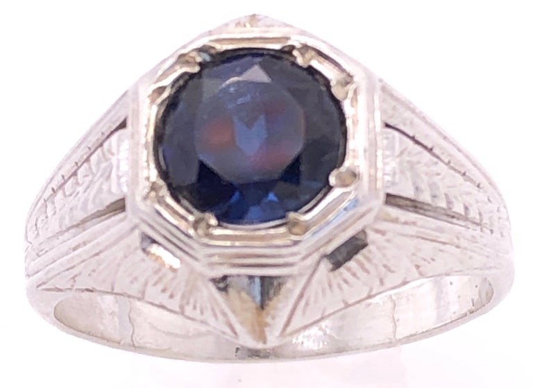 Modern 14 Karat White Gold Sapphire Solitaire Ring For Sale