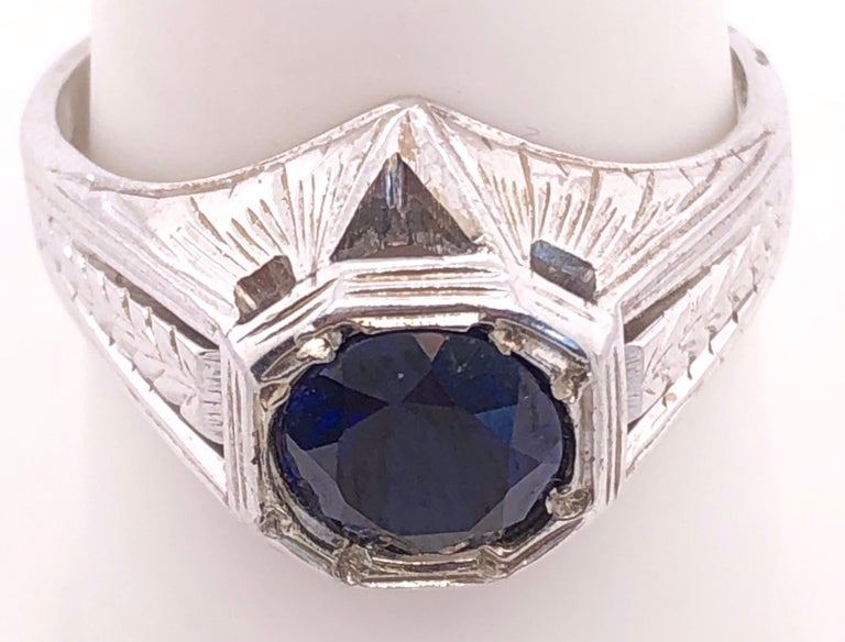 Round Cut 14 Karat White Gold Sapphire Solitaire Ring For Sale
