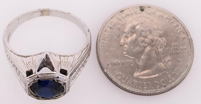 14 Karat White Gold Sapphire Solitaire Ring For Sale 2