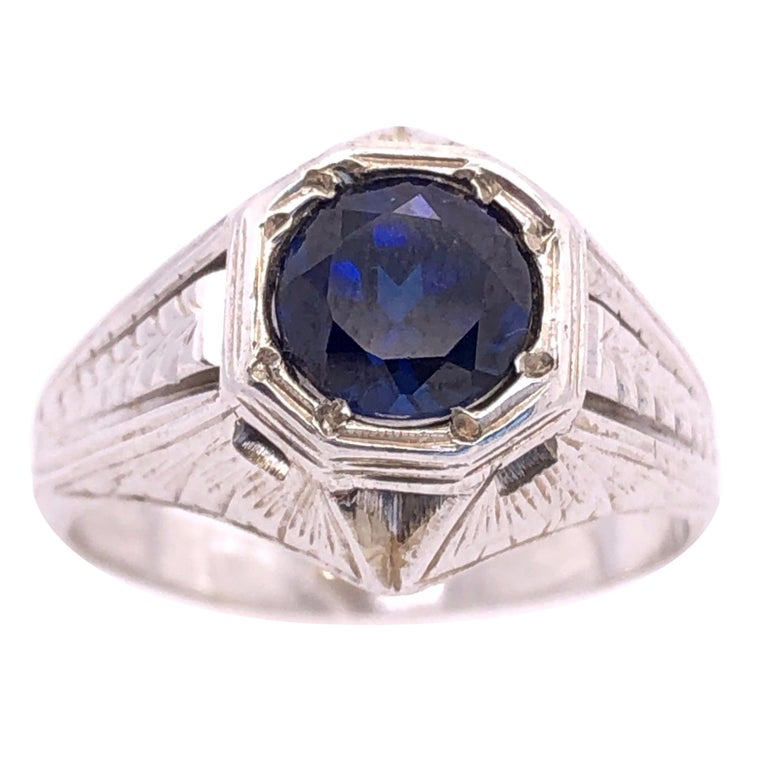 14 Karat White Gold Sapphire Solitaire Ring For Sale
