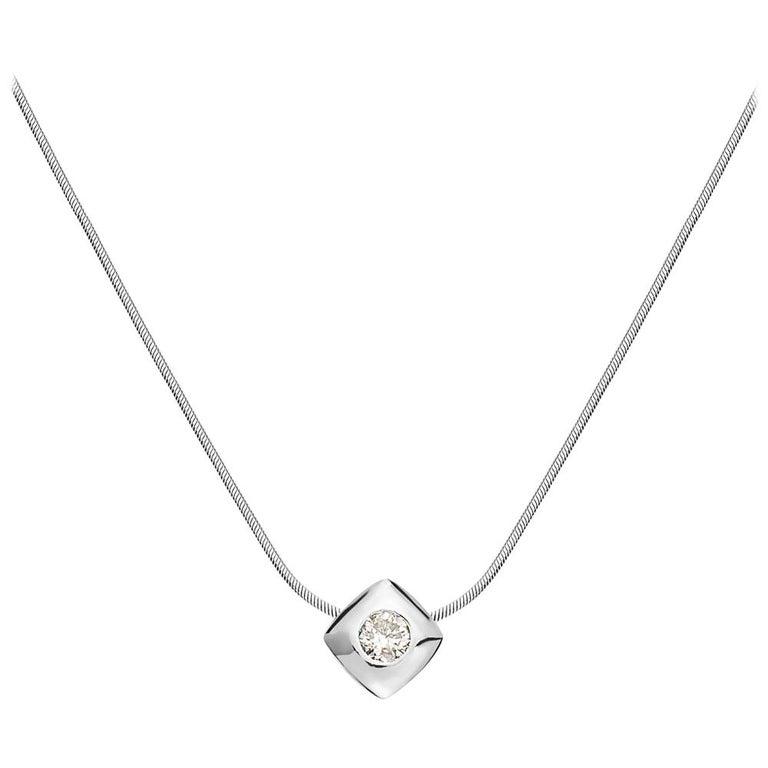 14 Karat White Gold Square Pendant Necklace For Sale