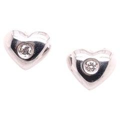 14 Karat White Gold Stud Heart Earrings with Round Diamonds
