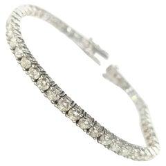 14 Karat White Gold Tennis Bracelet with 48 Round Diamonds Weighing 8.20 Carat