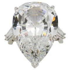 14 Karat White Gold Three-Stone Crystal Ring