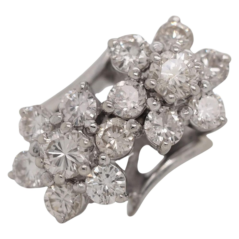 14 Karat White Gold Vintage Round Cut Diamond Floral Ring