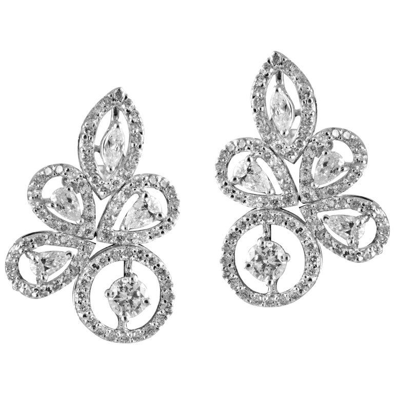 14 Karat White Gold White Diamond Stud Earrings For Sale