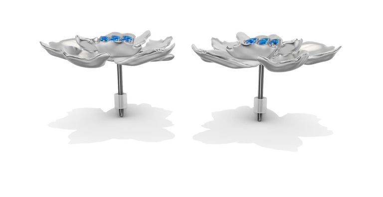 14 Karat White Gold Wild Flower Earrings with Sapphires For Sale 2