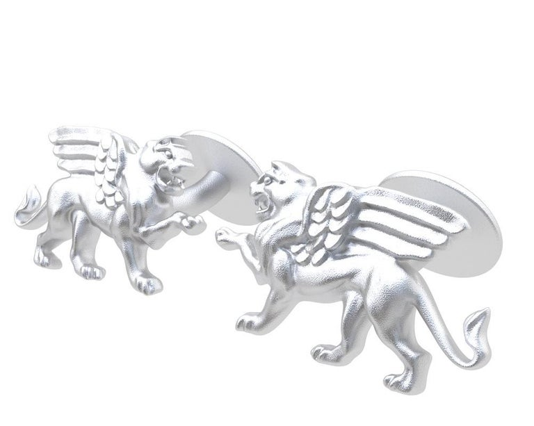 14 Karat White Gold Winged Griffin Cufflinks In New Condition For Sale In New York, NY