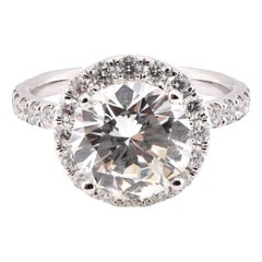 14 Karat White Round Brilliant Diamond Engagement Ring