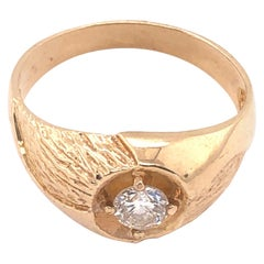 14 Karat Yellow Etched Gold Fashion Ring with Solitaire Round Diamond