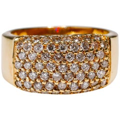 14 Karat Yellow Gold 1.54 Carat Round Cut Pave Diamond Eternity Band Ring