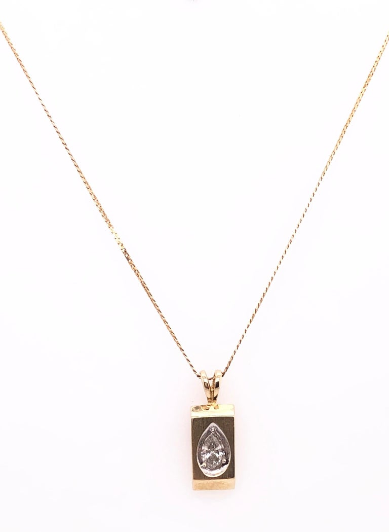 14 Karat Yellow Gold 16 Inch Pendant Necklace with center stone. 3.03 grams total weight.